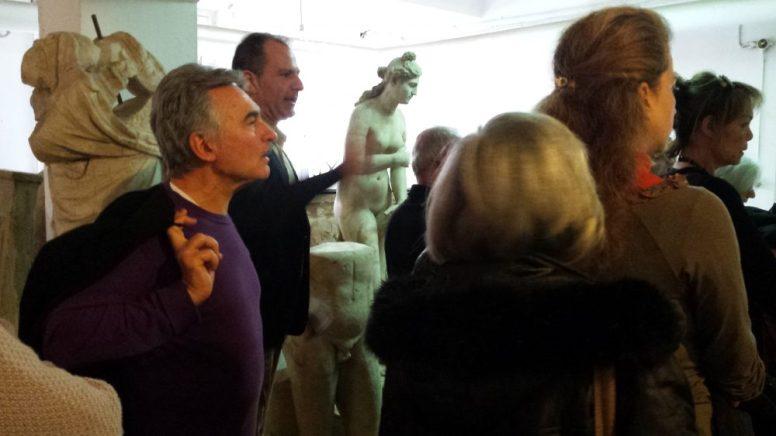 Επίσκεψη στον αθέατο κόσμο του μουσείου.